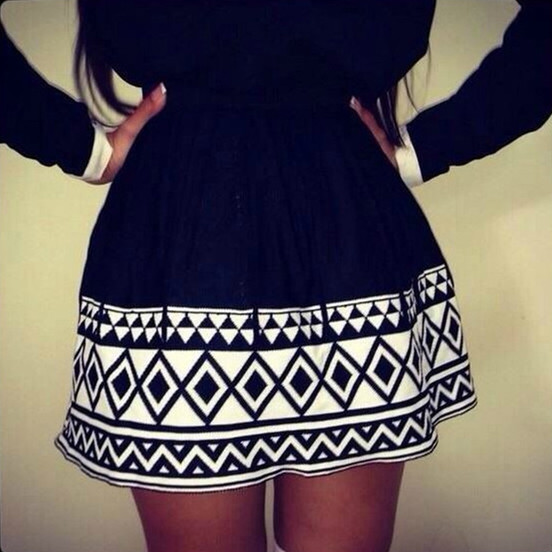 Black And White Geometric Print Mini Skirt