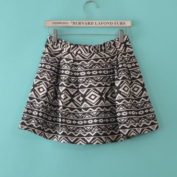 Black Abstract Print Skirt 050852