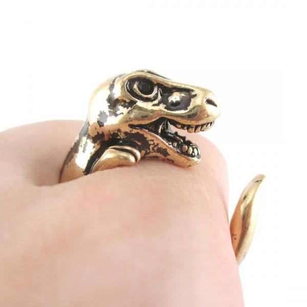 Large 3D Dinosaur Animal Wrap Around Hug Ring In Shiny Gold | Sizes 4 - 9